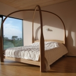 four-poster-bed-insitu-amb-b